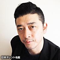 榊 英雄(サカキ ヒデオ)