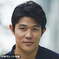 鈴木 亮平(スズキ リョウヘイ)