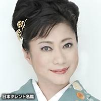 山村 紅葉(ヤマムラ モミジ)